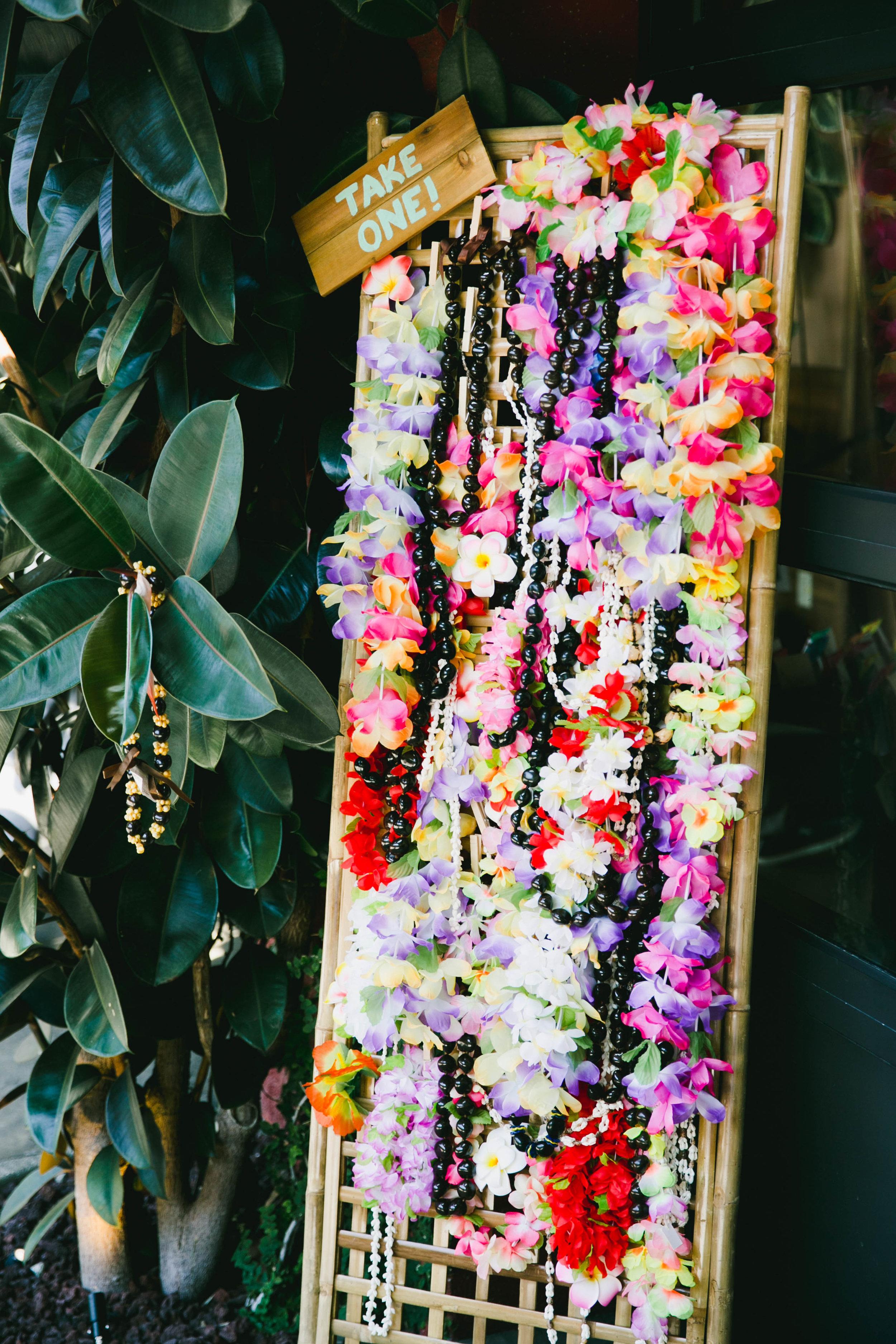 modern-tiki-wedding-lei-display.jpg