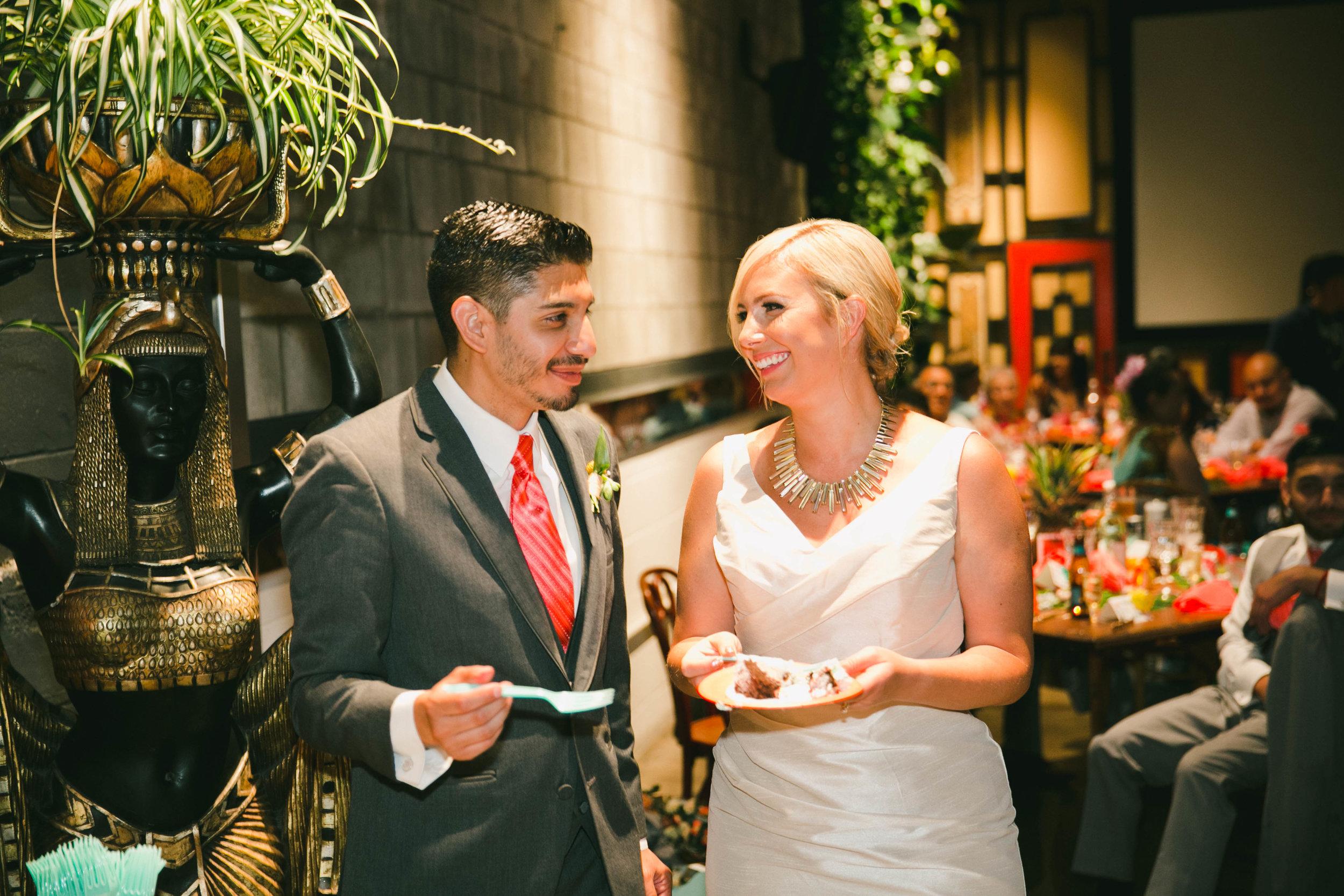 modern-tiki-wedding-cake-time.jpg