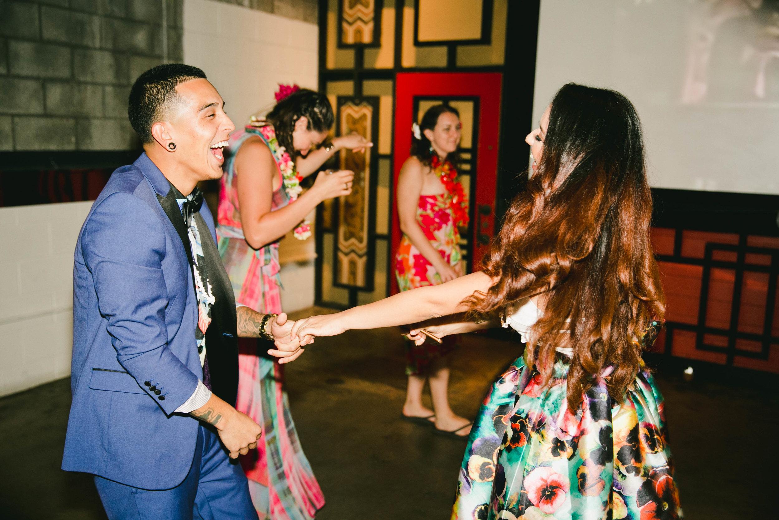 modern-tiki-wedding-party.jpg