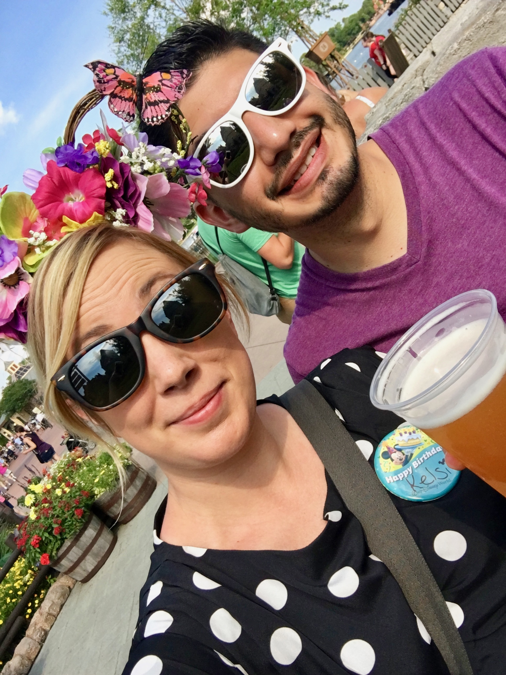 disney-world-epcot-canada-beer.jpg