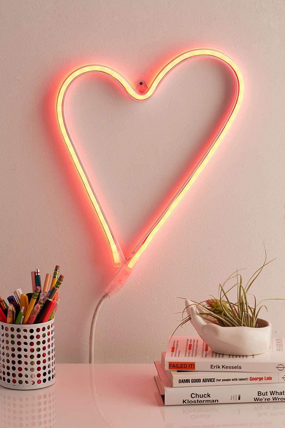 led-heart-sign.jpg