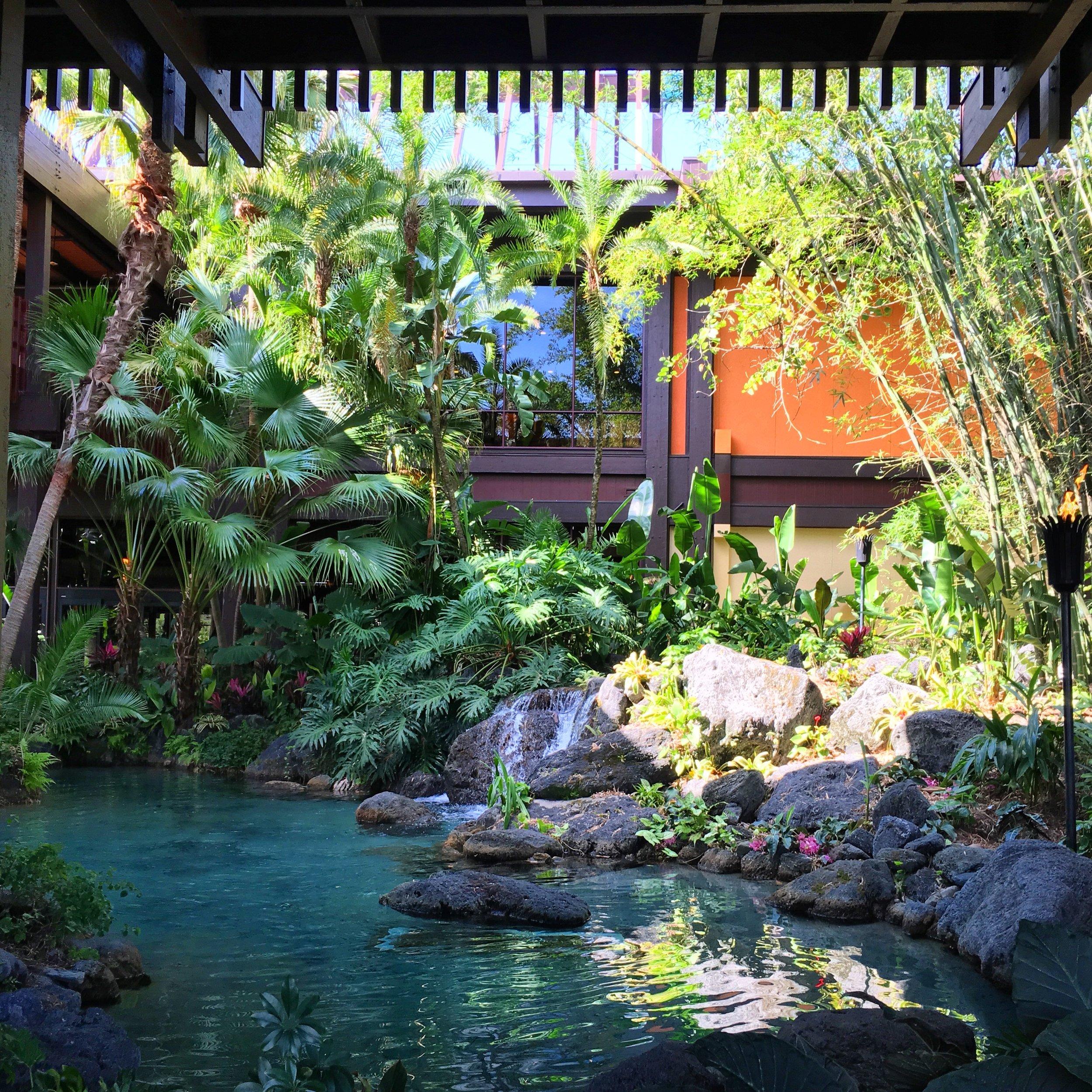 polynesian-resort-walt-disney-world.jpg