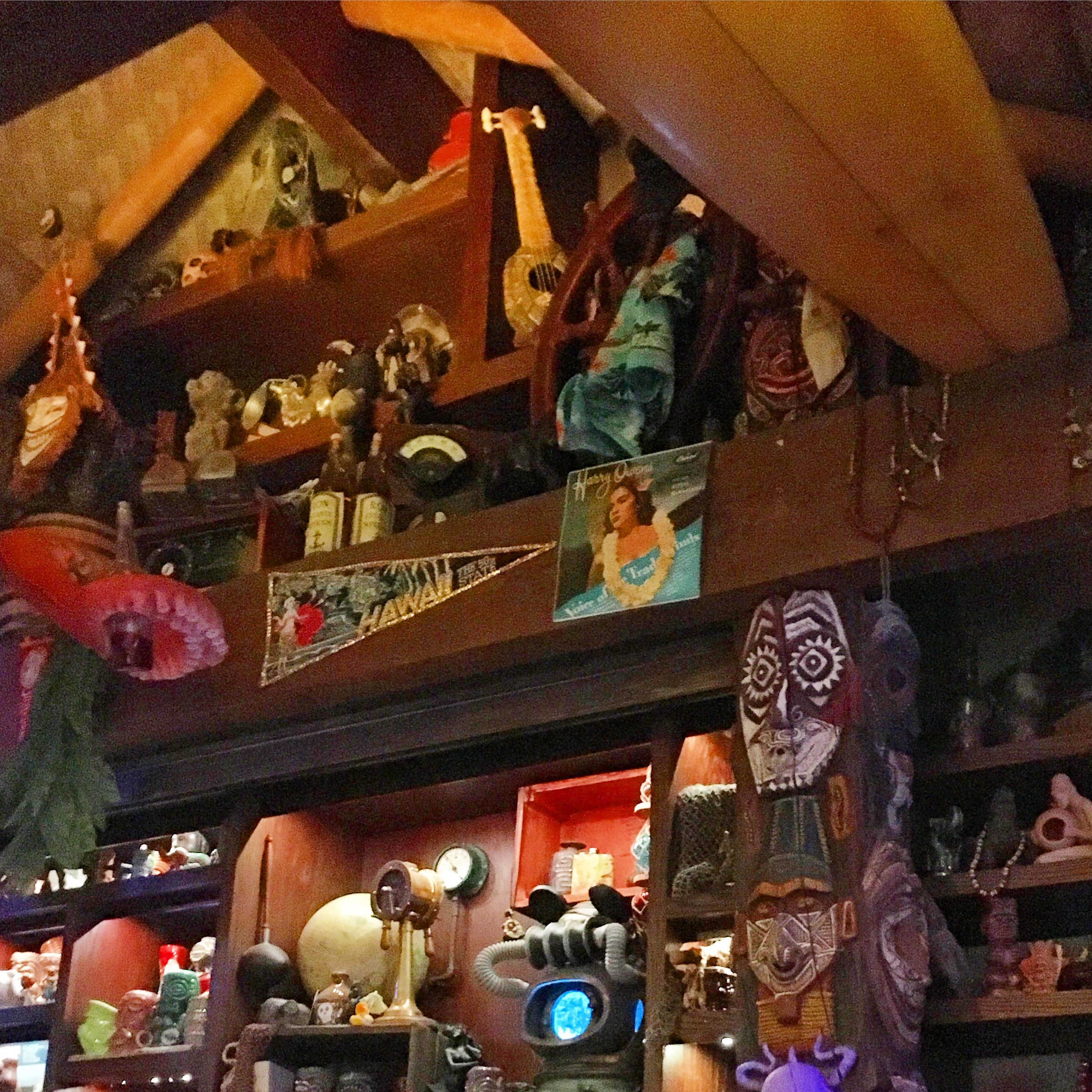 polynesian-trader-sams-grog-grotto.jpg