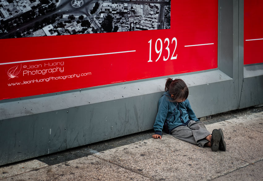 Poverty-in-Downtown-Mexico-City-Copyright-Jean-Huang-Photography