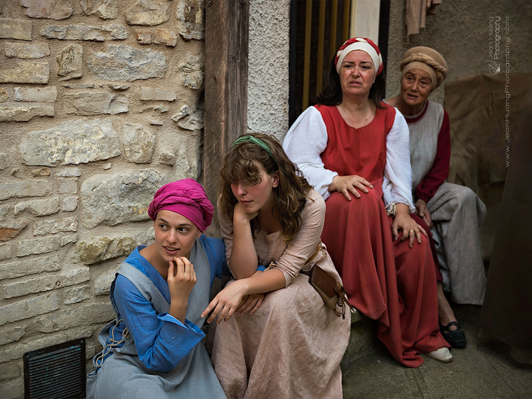 Medieval-Drama-Bevagna-Italy-Copyright-Jean-Huang-Photography