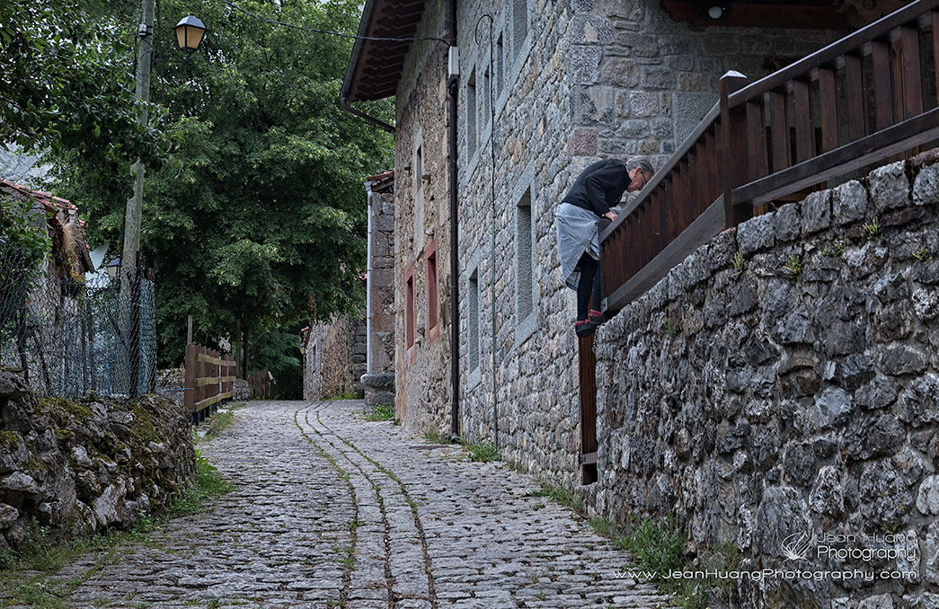 Trespassing-the-Spanish-Way-Bulnes-de-Arriba-Spain-Copyright-Jean-Huang-Photography