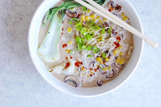 Sunflower Seed Ramen? You've grabbed our attention...😍 . @forkinplants