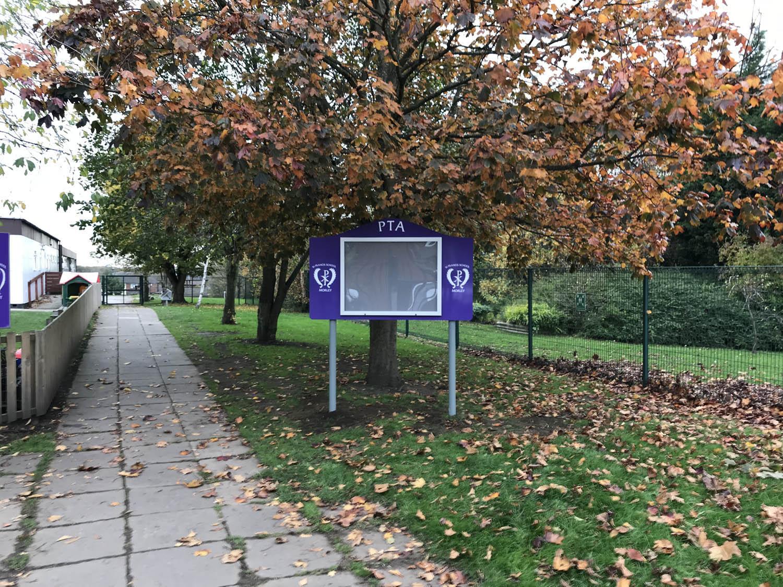SFM000Z1 - PTA Noticeboard outside THE FINAL 005.jpg