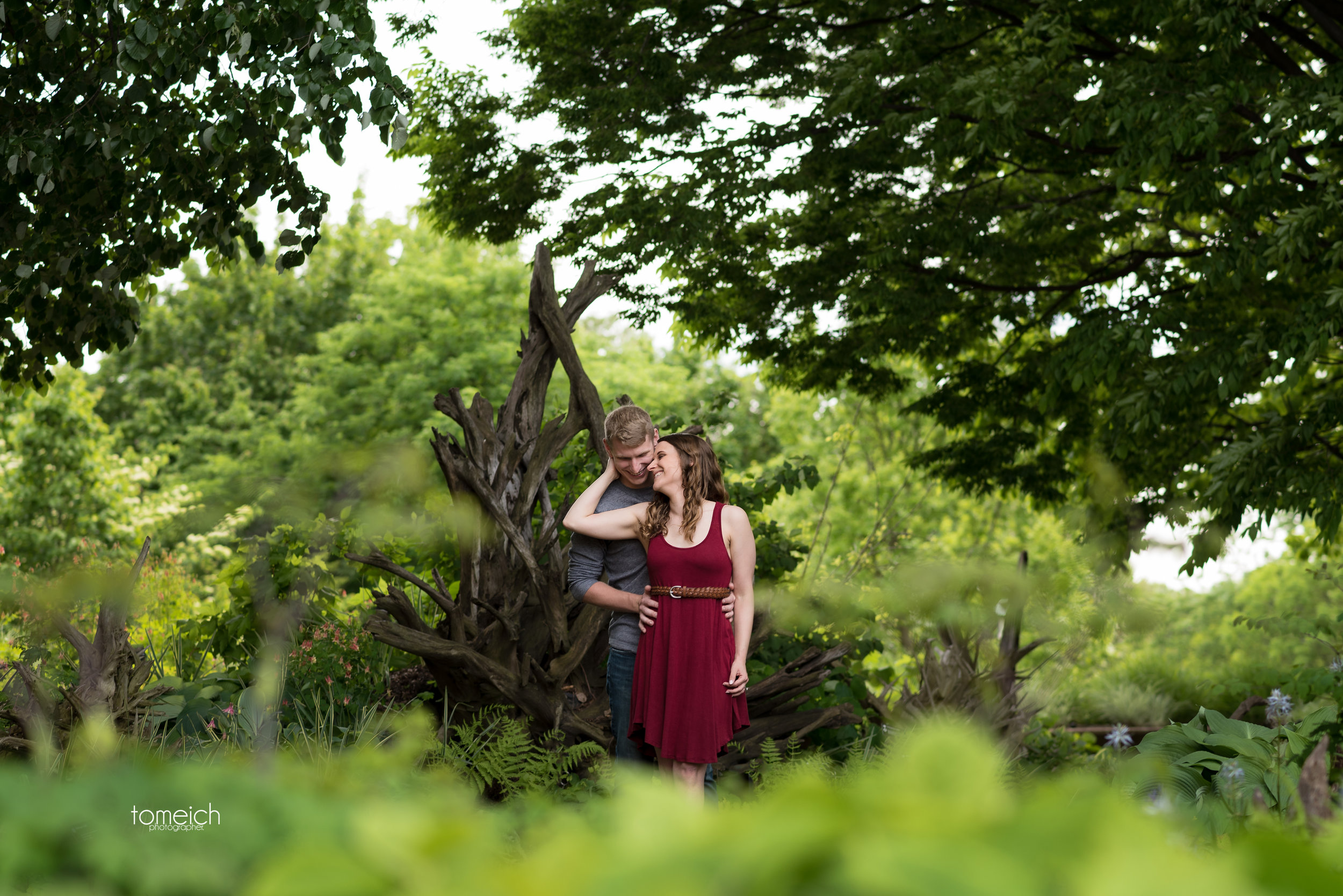 st. louis botanical garden engagement-0010.jpg