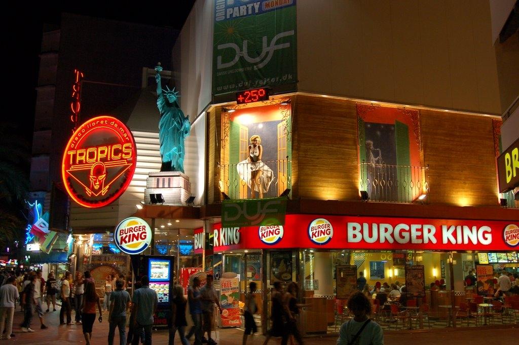 Burger King Tropics Lloret de Mar.jpg