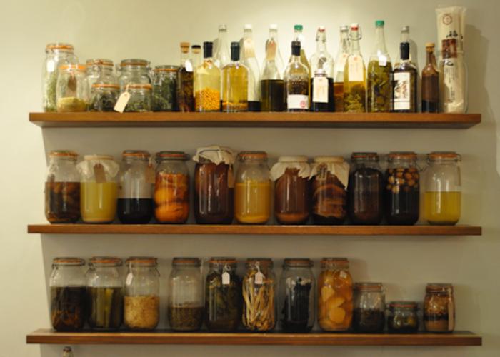Flat-Three-Restaurant-Food-Image-Kilner-Jars-On-Shelves-700x500.png