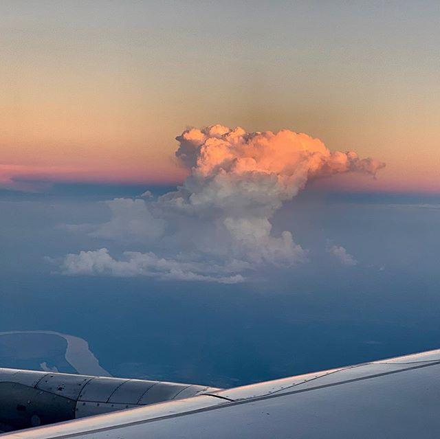 Plane views. #nofilter #planeview #planeviews #dusk #sunset