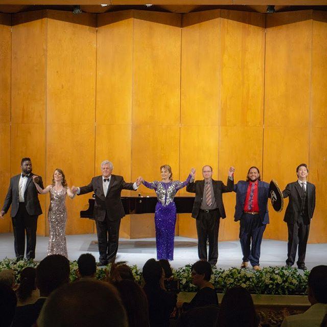 A few of the amazing shots by @alex_crunker during @cantosmundo on Saturday night. It was an awesome evening of music with great colleagues, shared with the incredible people of Torreón. Gracias para todos! . . #cantosmundo #cantosparahermanaralmundo #soprano #mezzosoprano #tenor #baritone #pianist #piano #operasingersofinstagram @solafadiran @paulinainstarreal @asjxiagirl @dr_pedroarroyo_tenor @samuelchanbaritone