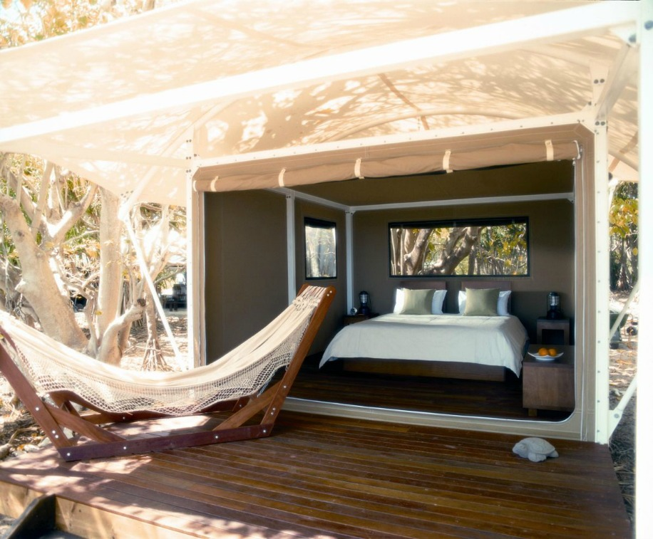 Wilson_Luxury_Tent_large.jpg