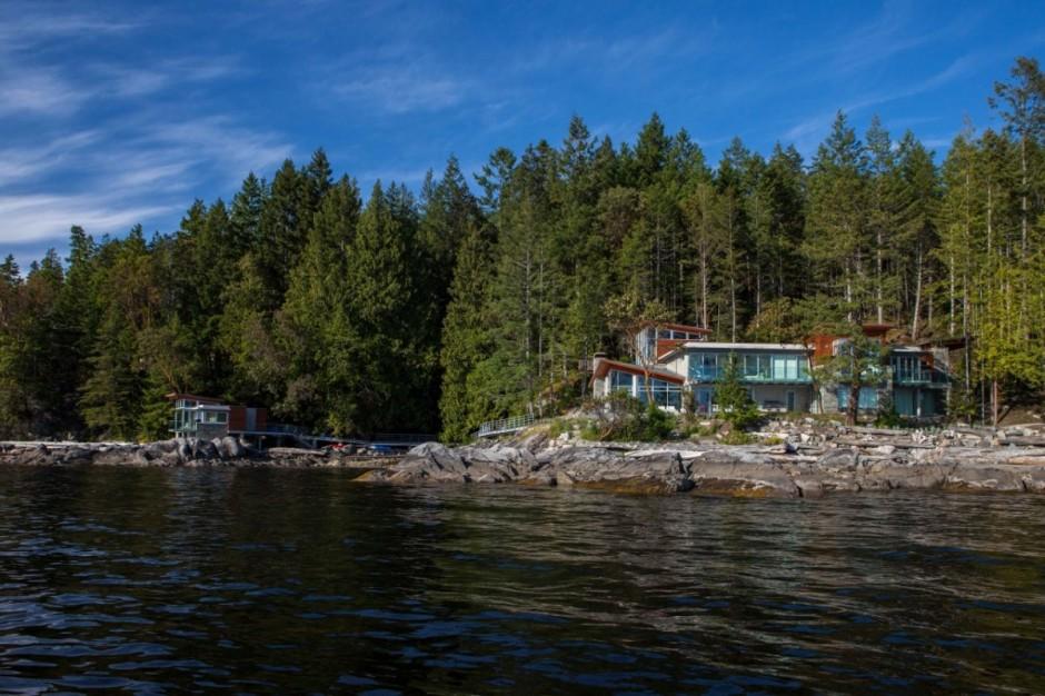 the+lake+house2.jpg.jpg