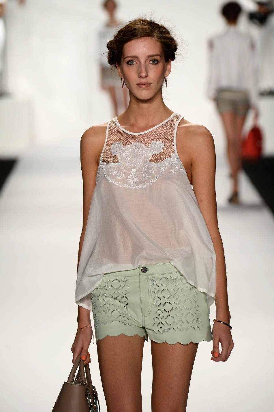 20588-rebecca-minkoff-spring-2014-new-york-fashion-week.jpg