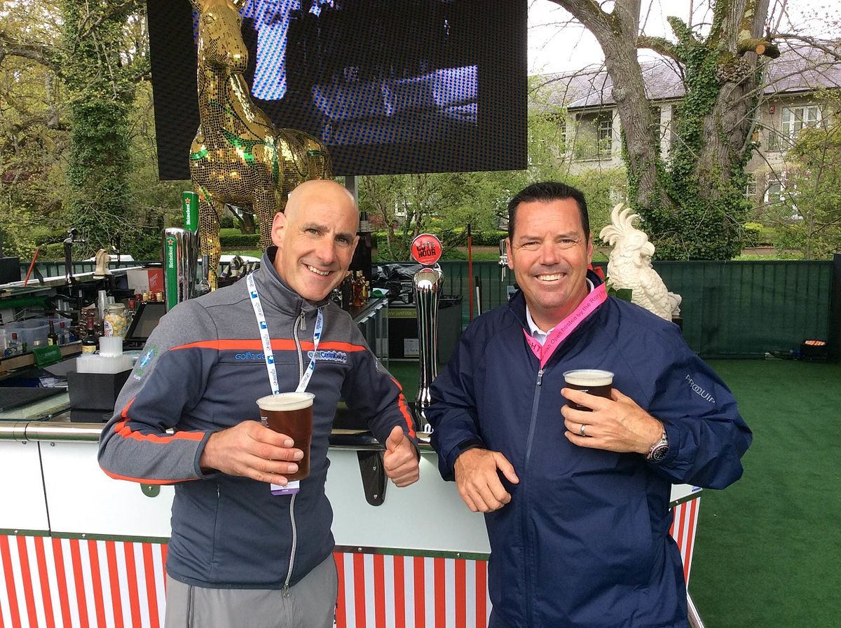 Donal_Hughes_with_fellow_broadcaster_Rich_Beem_at_the_2016_Irish_Open.jpg