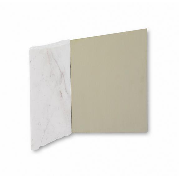 Fragmento E. 2019. Acrílico sobre papel y mármol. 33 x 33 cm.