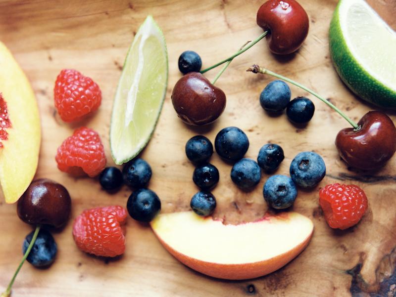 farm-fresh-fruit-02.jpg