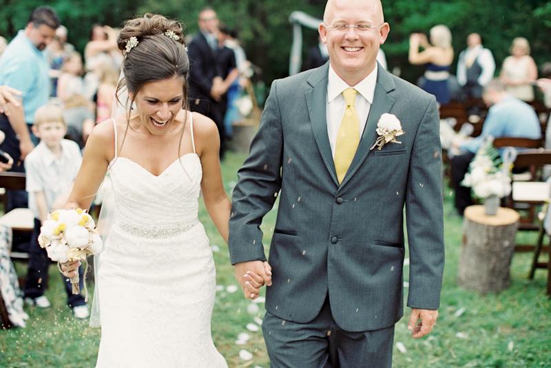 diy-backyard-wedding-16.jpg