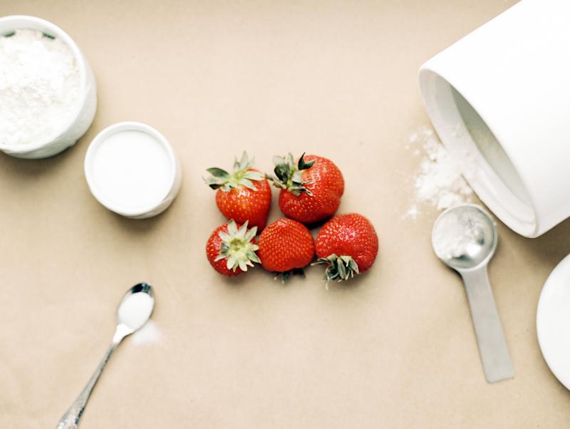 strawberry-cobbler-01.jpg