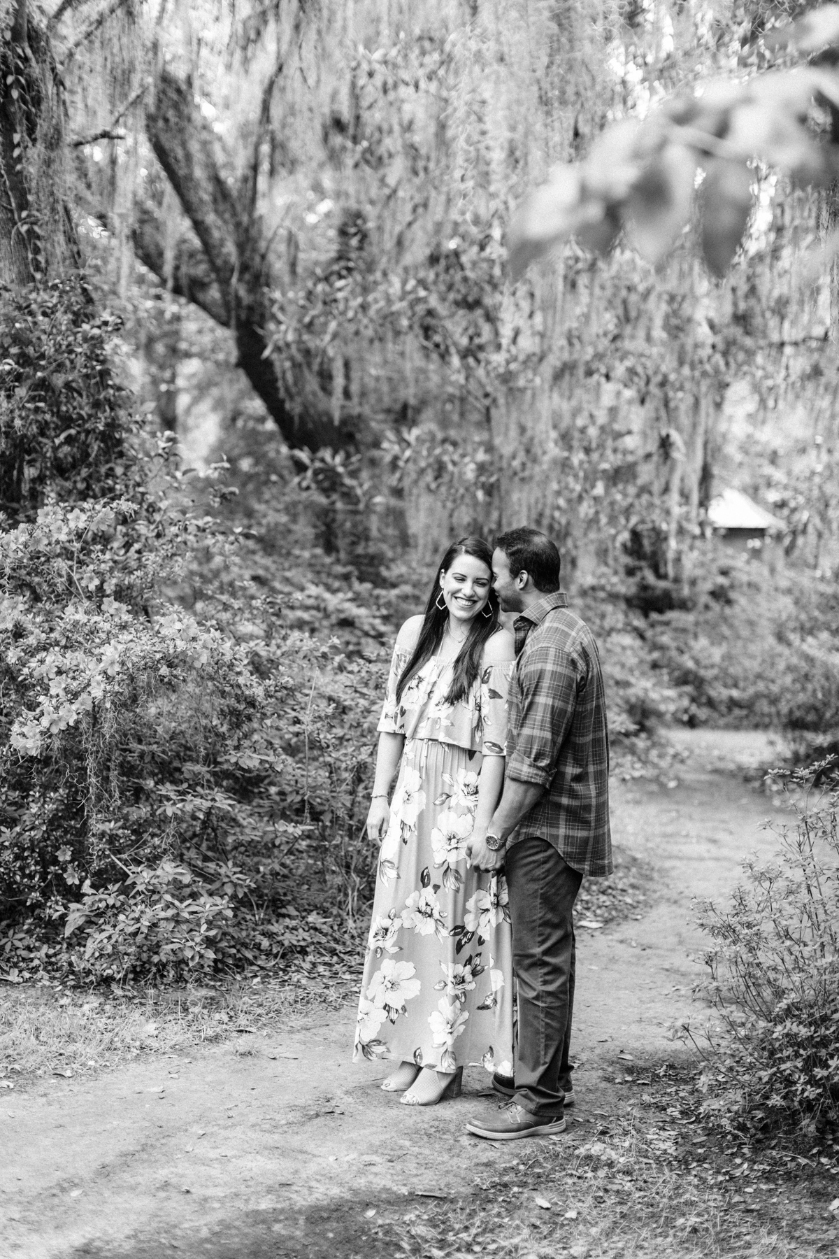 magnolia-plantation-charleston-engagement-006.jpg