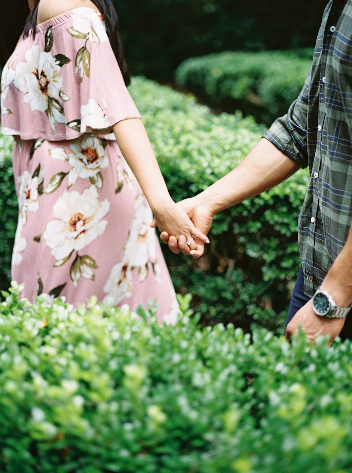 magnolia-plantation-charleston-engagement-012.jpg