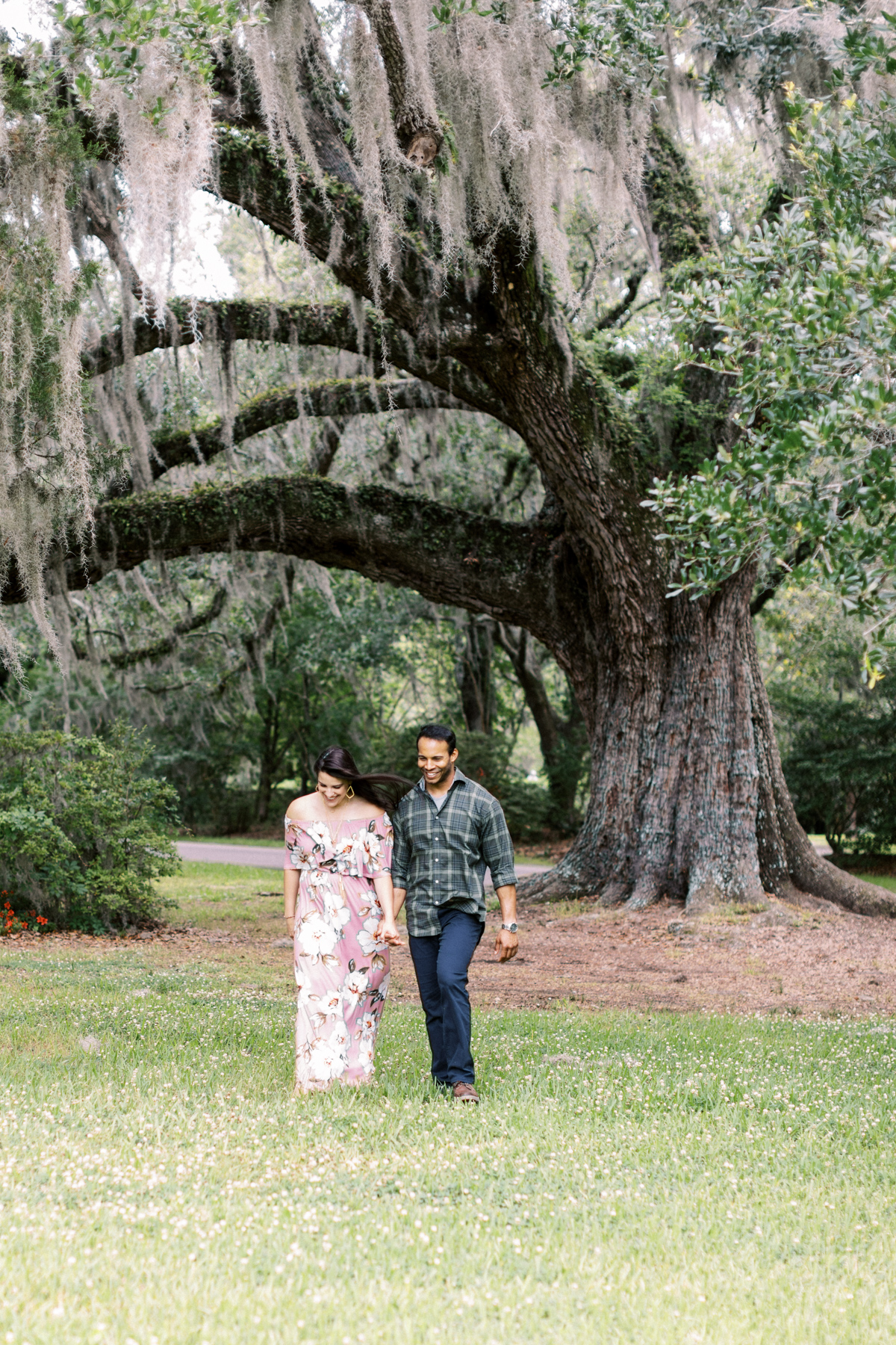 magnolia-plantation-charleston-engagement-018.jpg