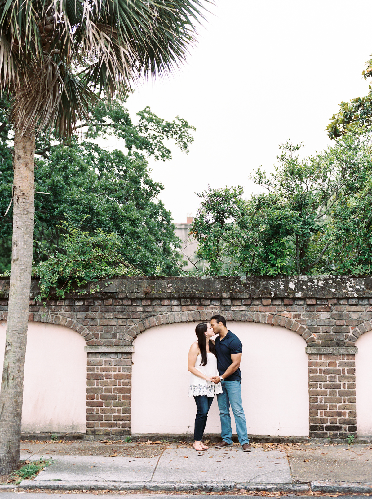 magnolia-plantation-charleston-engagement-020.jpg