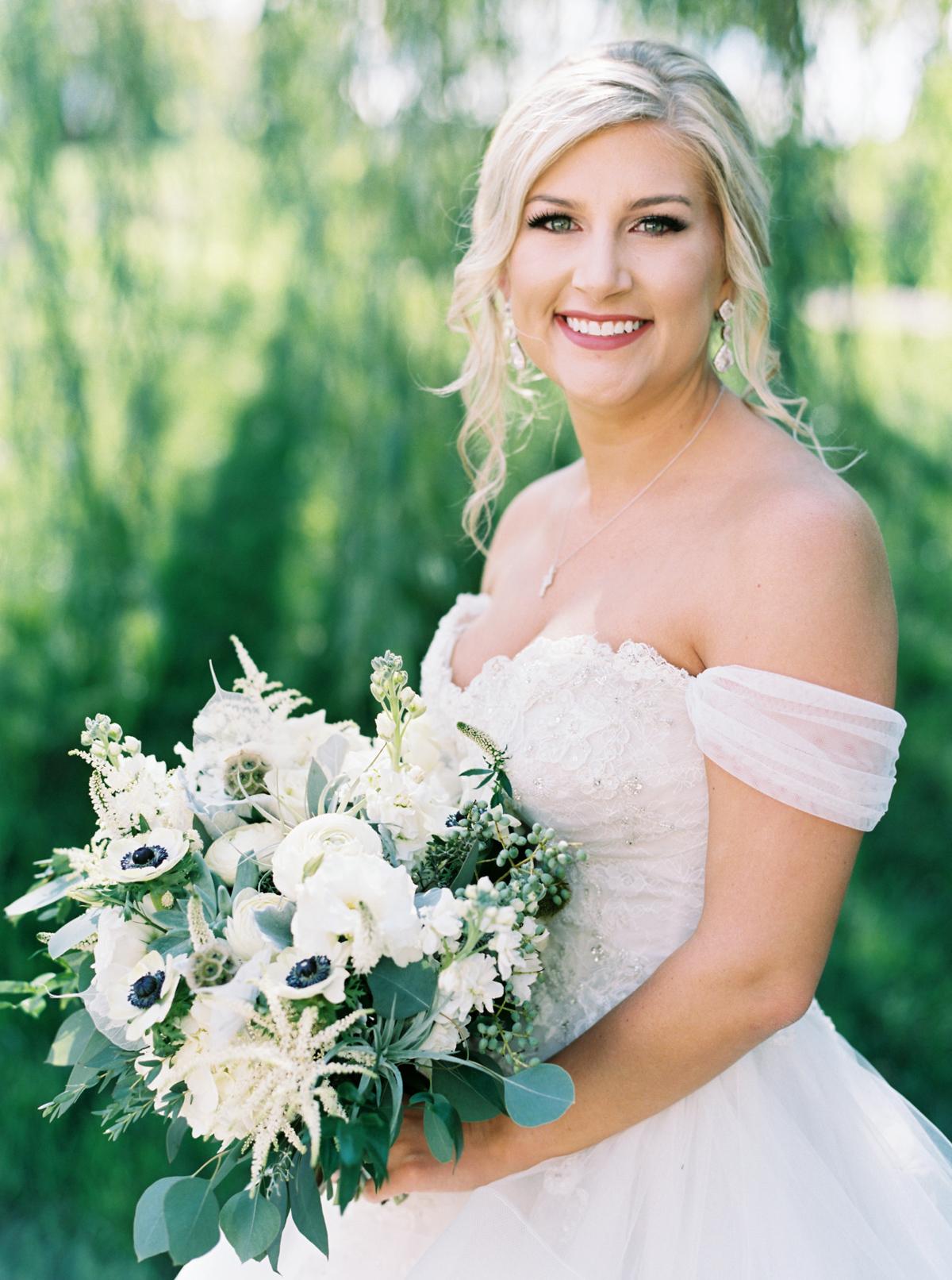 winmock-kinderton-wedding-016.jpg