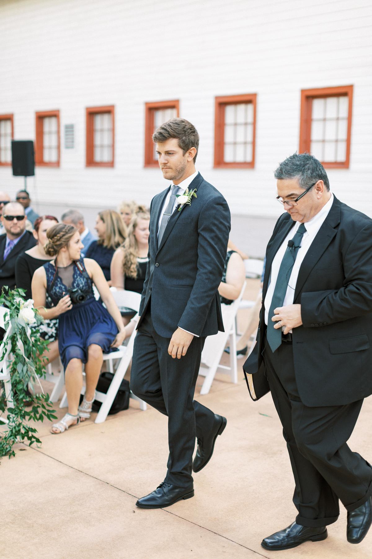 winmock-kinderton-wedding-032.jpg