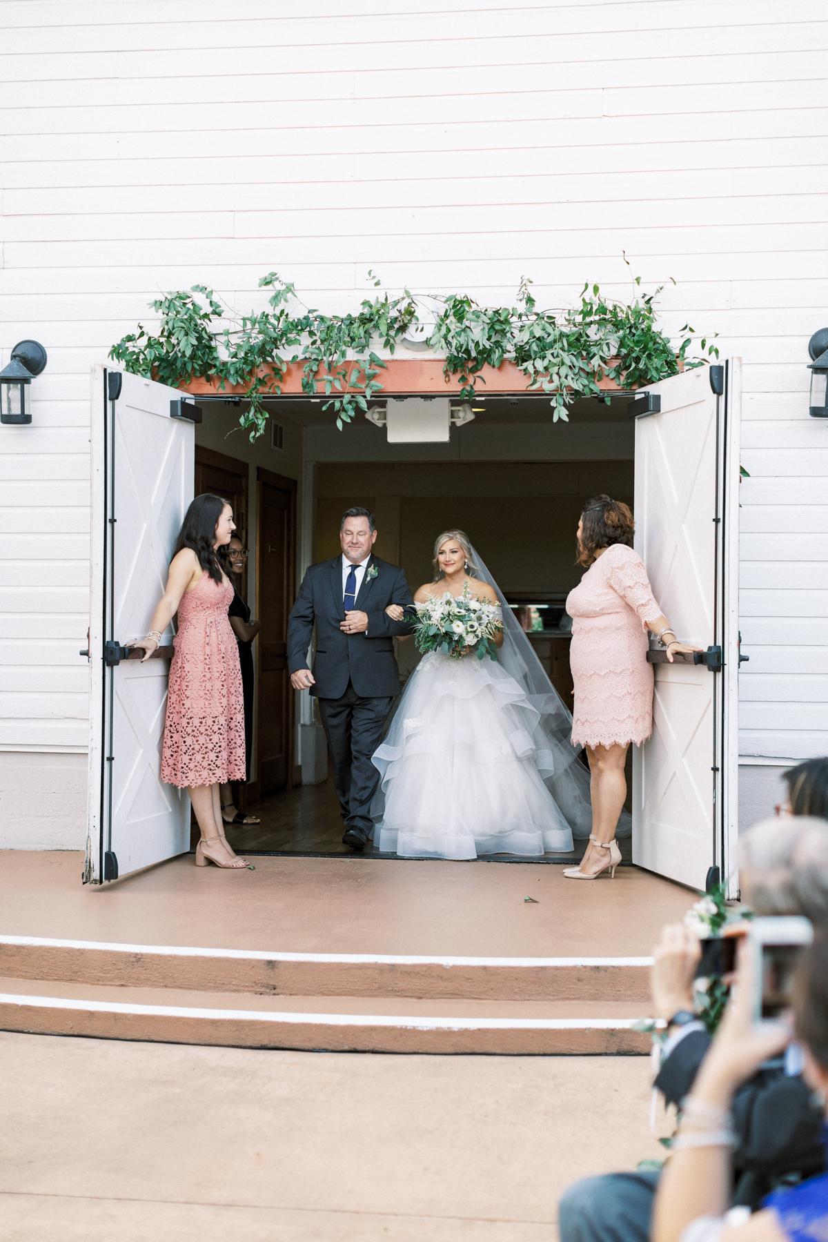 winmock-kinderton-wedding-033.jpg