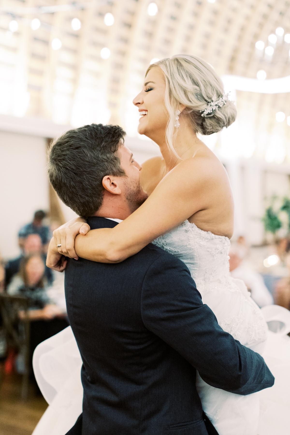 winmock-kinderton-wedding-076.jpg