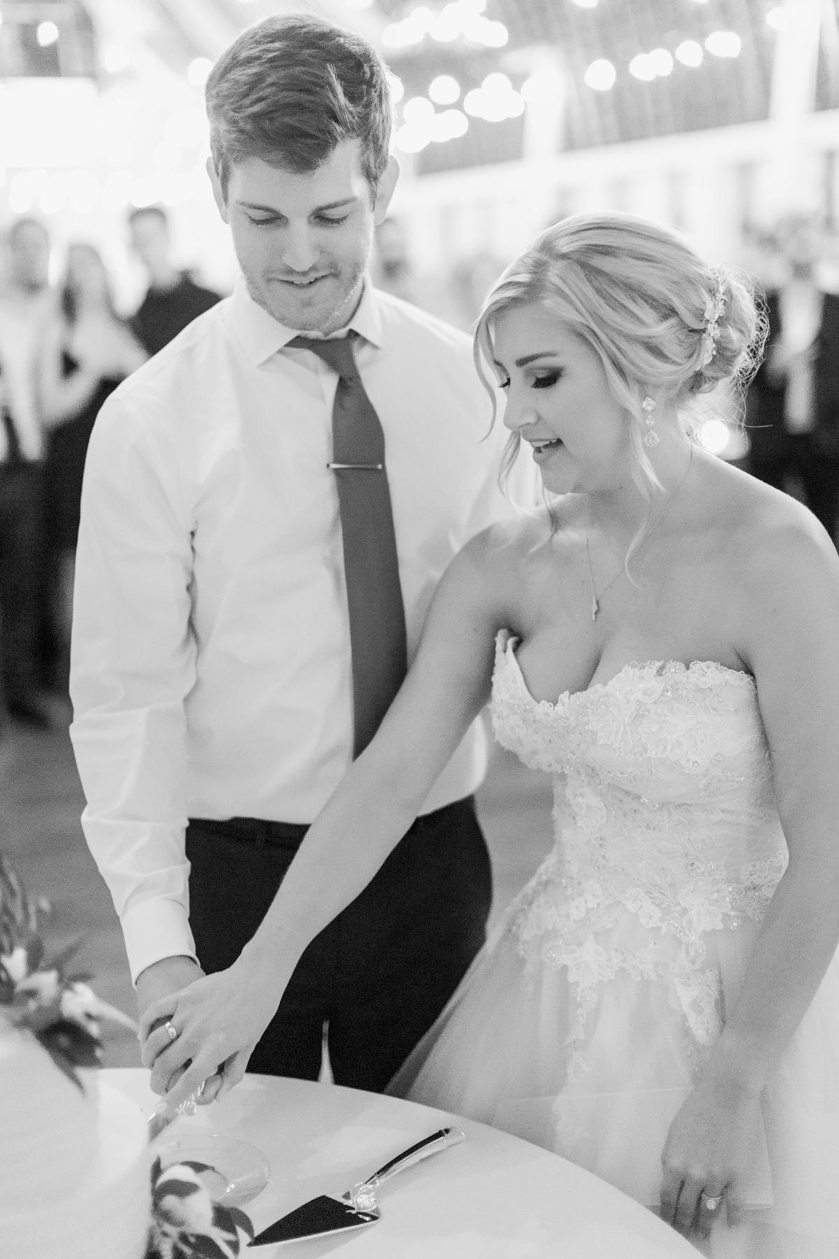 winmock-kinderton-wedding-080.jpg