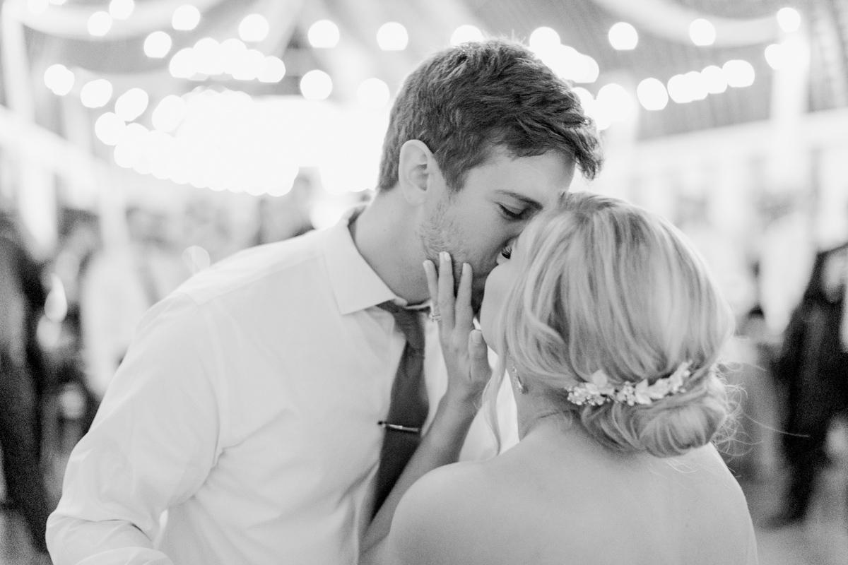 winmock-kinderton-wedding-083.jpg