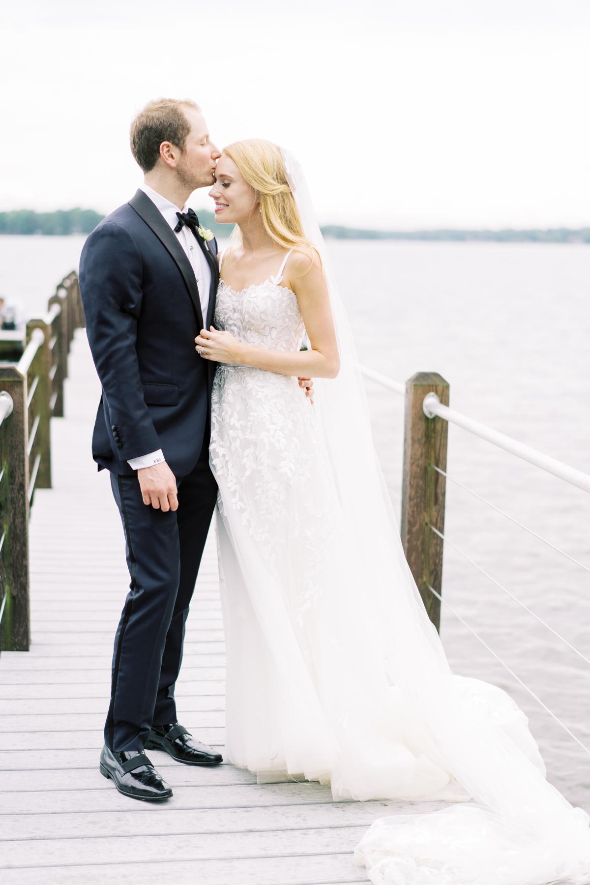 lake-normal-wedding-037.jpg