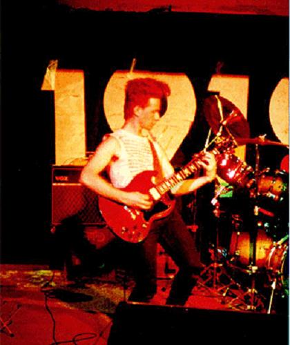 1919_guitar320.png