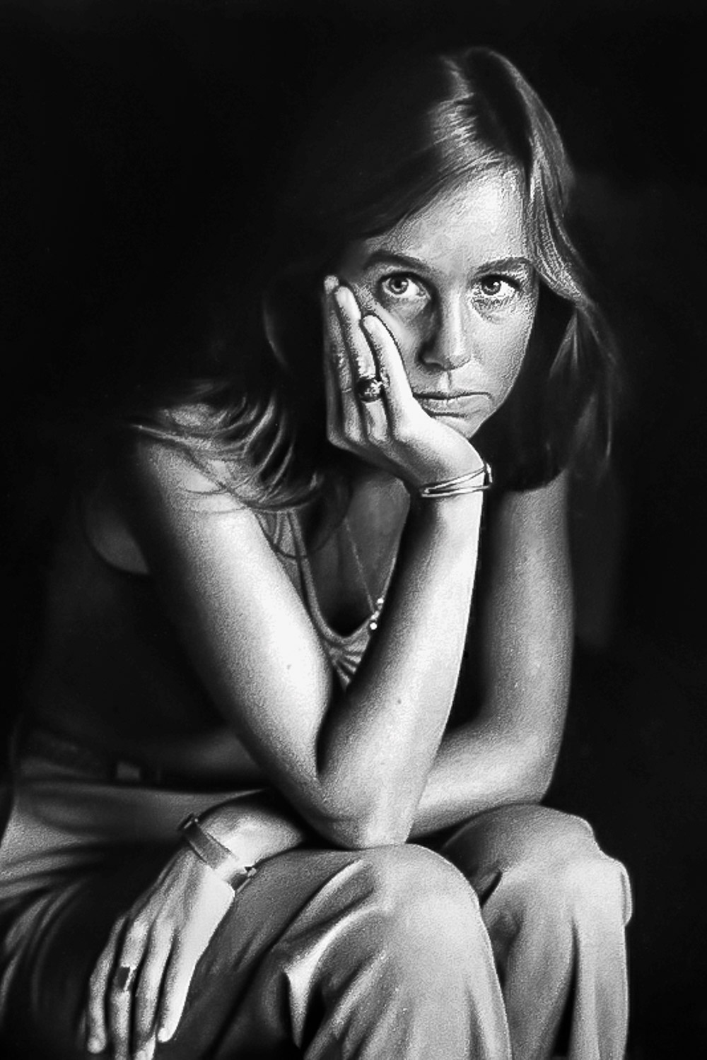 Woman-Posing-With-Long-Hair-Hand-On-Chin-Donna-BW.jpg