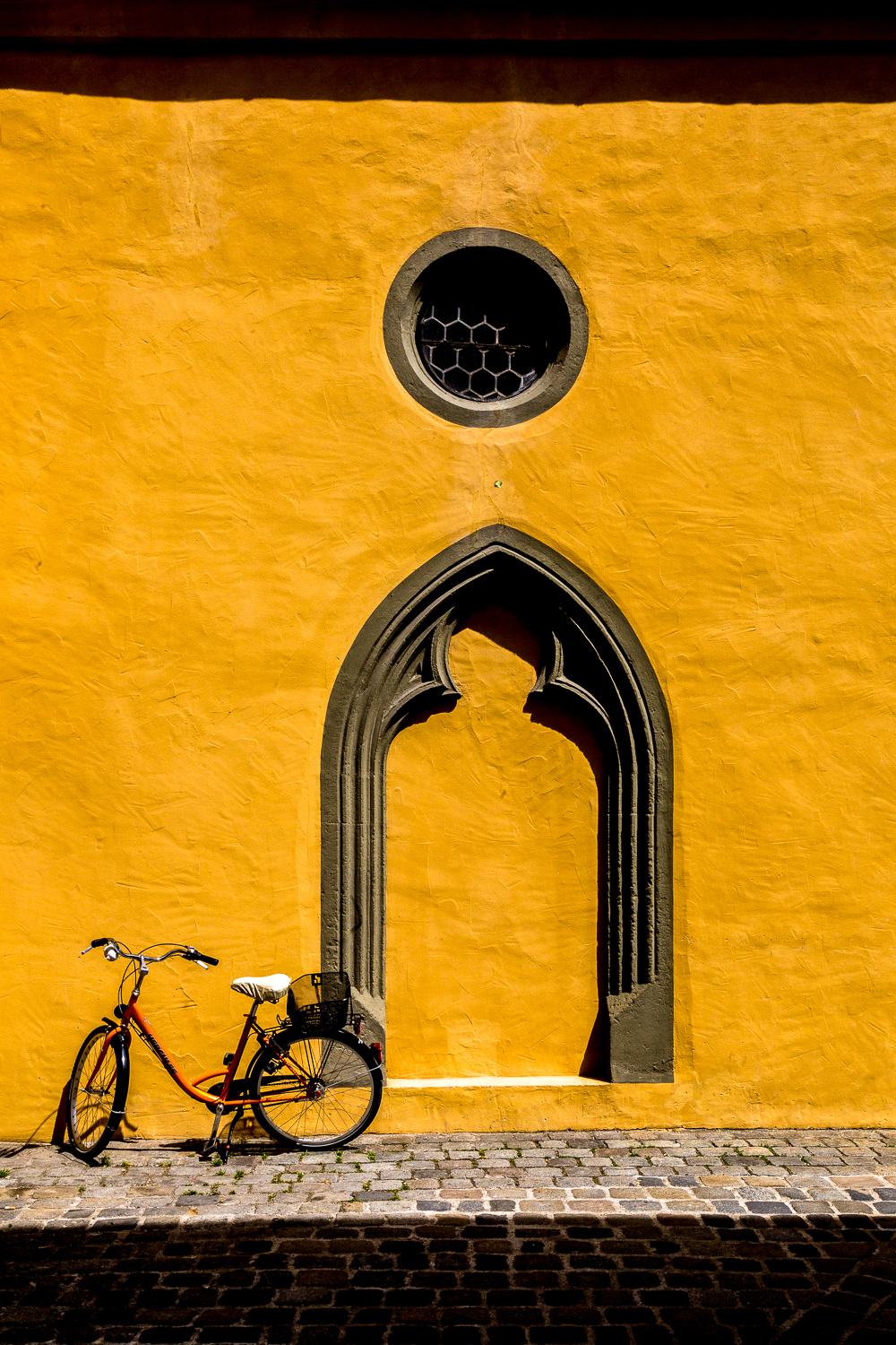 Bike-Portal-Yellow-Walls-Regensburg-Germany-2.jpg