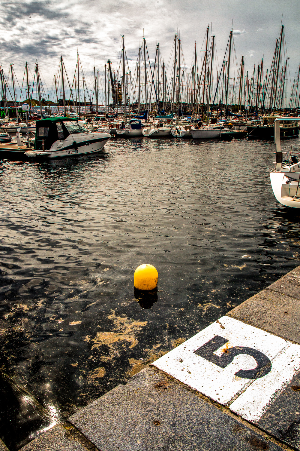 Sailboats-Buoy-Pier-Saint-Malo.jpg