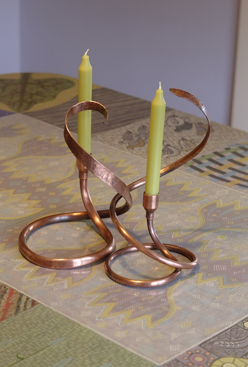 Dancing candle stands