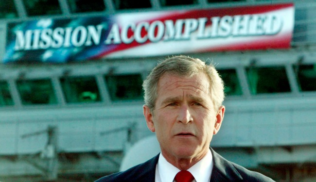 """President Bush and """"Mission Accomplished"""" (Larry Downing,Reuters)"""
