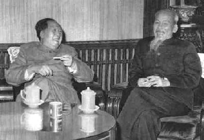 Mao Zedong and Ho Chi Minh- they are probably talking strategy | Wikimedia Commons