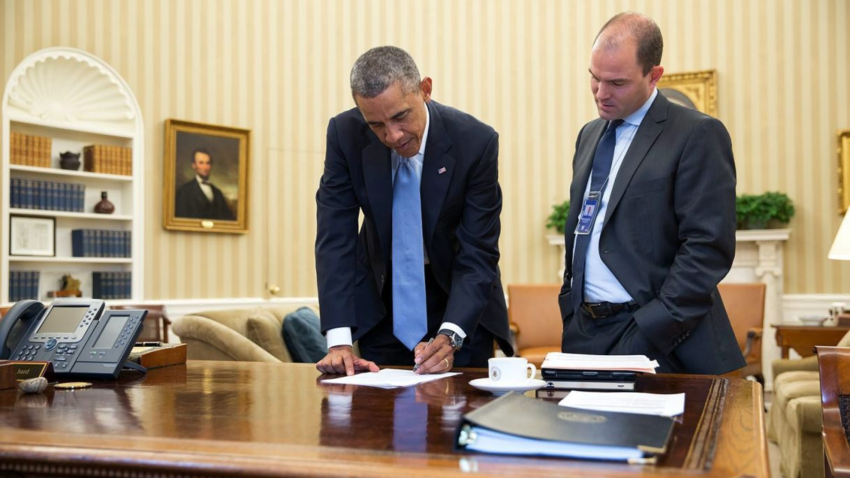 U.S. President Barack Obama confers with Ben Rhodes, Deputy National Security Advisor for Strategic Communications, in the Oval Office, Sept. 10, 2014. (Photo Credit: Pete Souza, The White House)