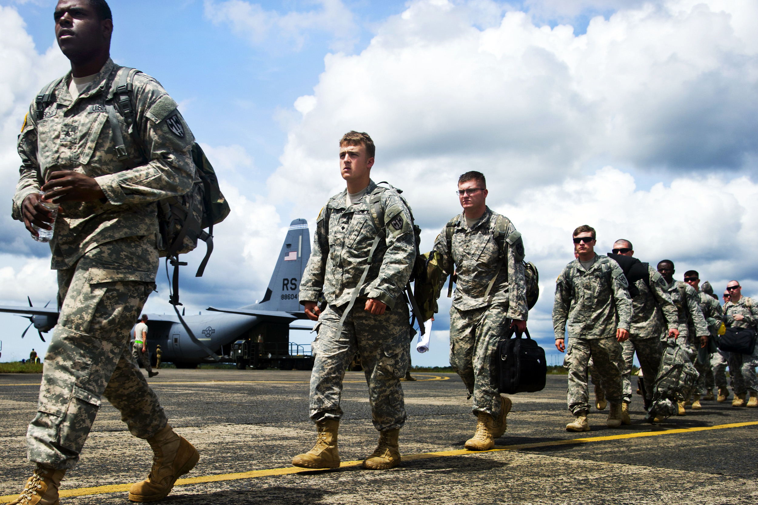 U.S. soldiers from the 101st Airborne Division arrive during Operation United Assistance in Monrovia, Liberia, Oct. 19, 2014 | U.S. Air Force photo by Staff Sgt. Gustavo Gonzalez