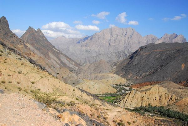 The Hajjar mountains of Oman, not easy territory for an invading force to penetrate.