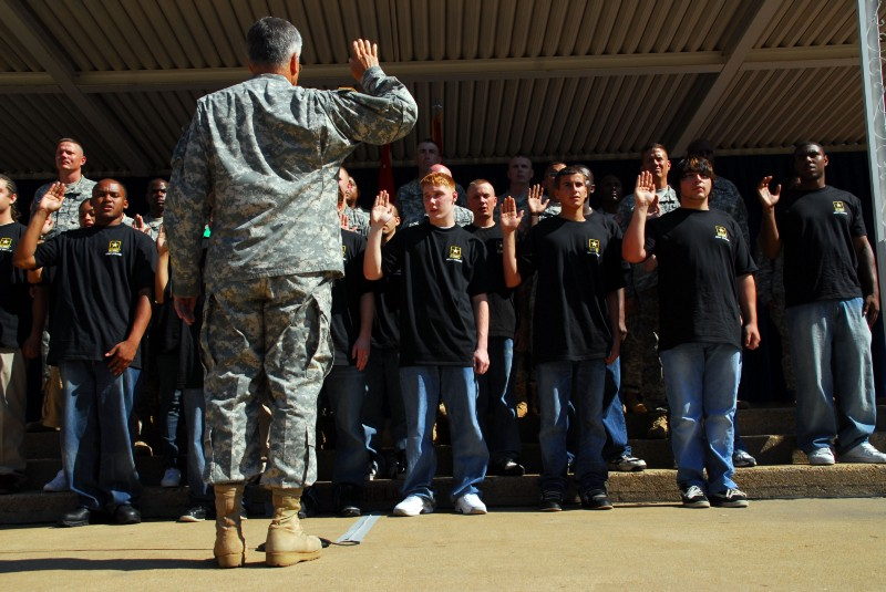 Thirty-one soldiers celebrated with the Chief of Staff of the Army on the 35th anniversary of the all-volunteer force by enlisting or re-enlisting in the Pentagon courtyard.