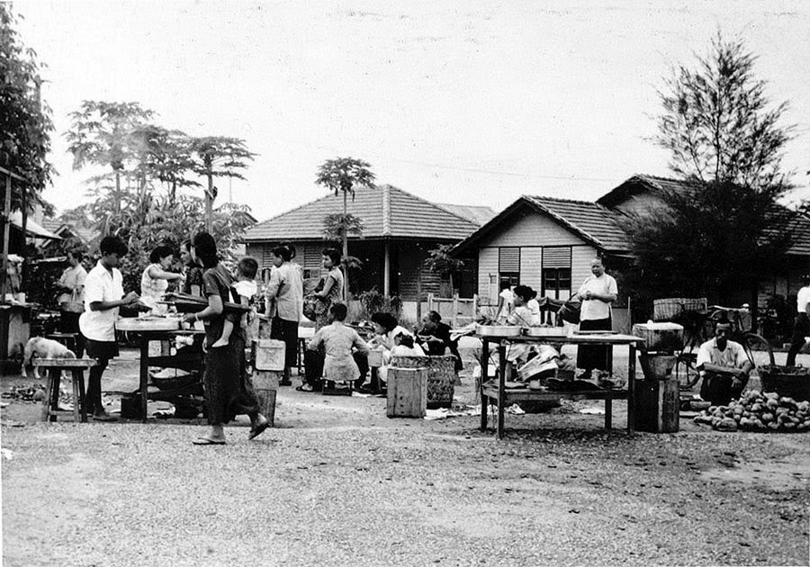 One of the Briggs Plan's New Villages in Petaling Jaya, Mayala, in 1957.(National Army Museum, United Kingdom)