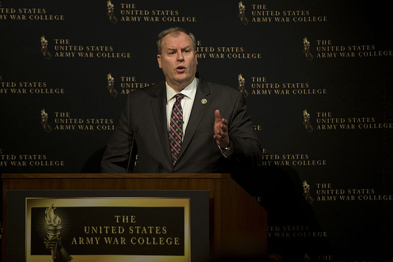 Deputy Defense Secretary Bob Work delivers remarks on international security and the future defense strategy during a speech at the Army War College at Carlisle Barracks, Pa., April 8, 2015. (DoD Photo)