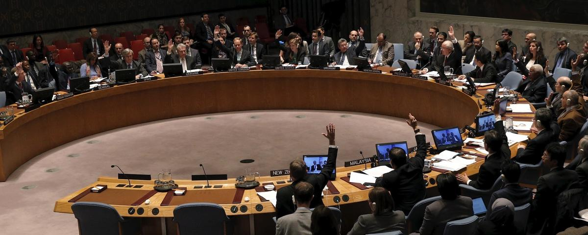 The United Nations Security Council votes to approve a resolution endorsing the planned halt in fighting in Syria at the United Nations Headquarters in New York, February 26, 2016. (Photo: Reuters/Brendan McDermid)